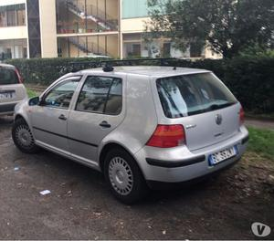 Vendo VW Golf ..euro