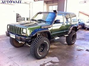 Jeep cherokee cherokee xj 4.0 limited big foot