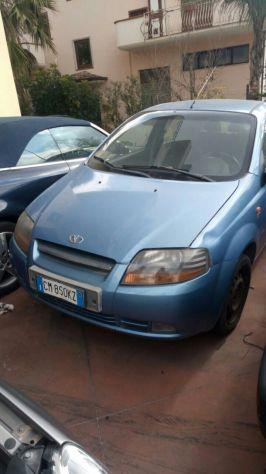 Vendo auto a 700 €