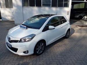 Toyota yaris 1.3 3 porte style cvt stop & start