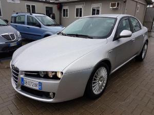 Alfa Romeo  JTDm 16V Distinctive