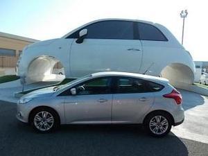 Ford focus 16 tdci 95 cv titanium