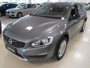 Volvo v60 cross country d3 geartronic momentum