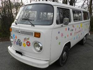 Noleggio Affitto Pulmino Minibus Volkswagen T2 Feste