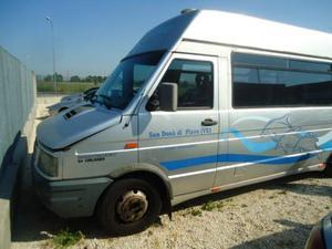 Iveco Daily  Minibus 17 Posti