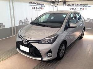 Toyota yaris 14 d 4d 5 porte lounge