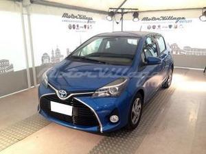 Toyota yaris 15 hybrid 5 porte active
