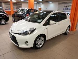 Toyota yaris 15 hybrid 5 porte style