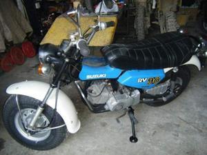 OLDTIMER Motorräder-Bike SUZUKI raro RV 90