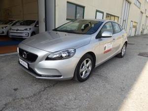 Volvo v40 d2 business vari modelli disponibili