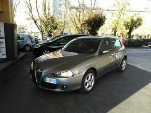 Alfa Romeo V TS ( porte Black Line