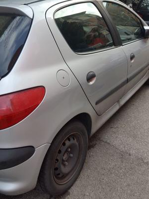 Peugeot 206 - anno