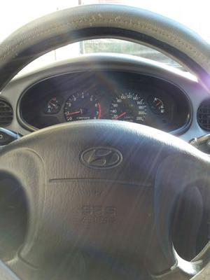 Vendo Hyundai Lantra Berlina