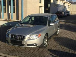 Volvo V70 D5 Geartronic Momentum