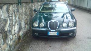 Jaguar S-Type 3.0 GPL