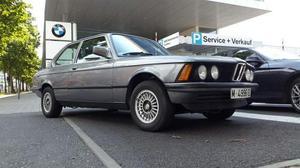 BMW - 323i sport e