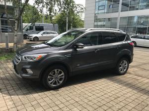 Ford kuga titanium 4x4