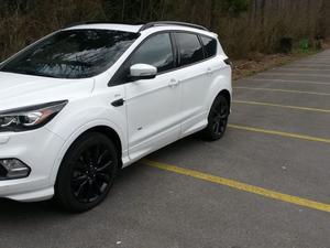 Ford kuga ford kuga 2.0 tdci st line 4wd powershift