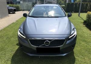 Volvo v40 cross country v40 cross country t3 momentum